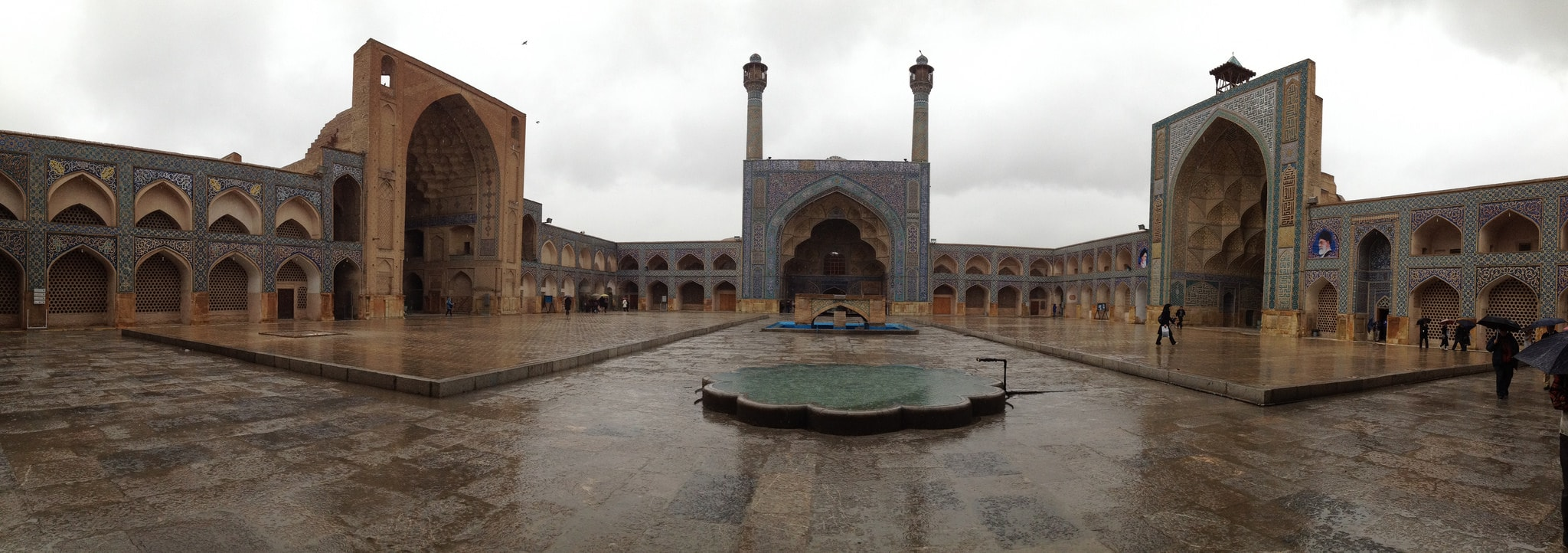 THE ANCIENT JAMEH MOSQUE OF ESFAHAN